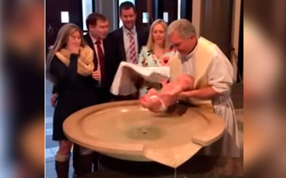 Resultado de imagen para bebé se resbala de las manos del sacerdote durante bautizo