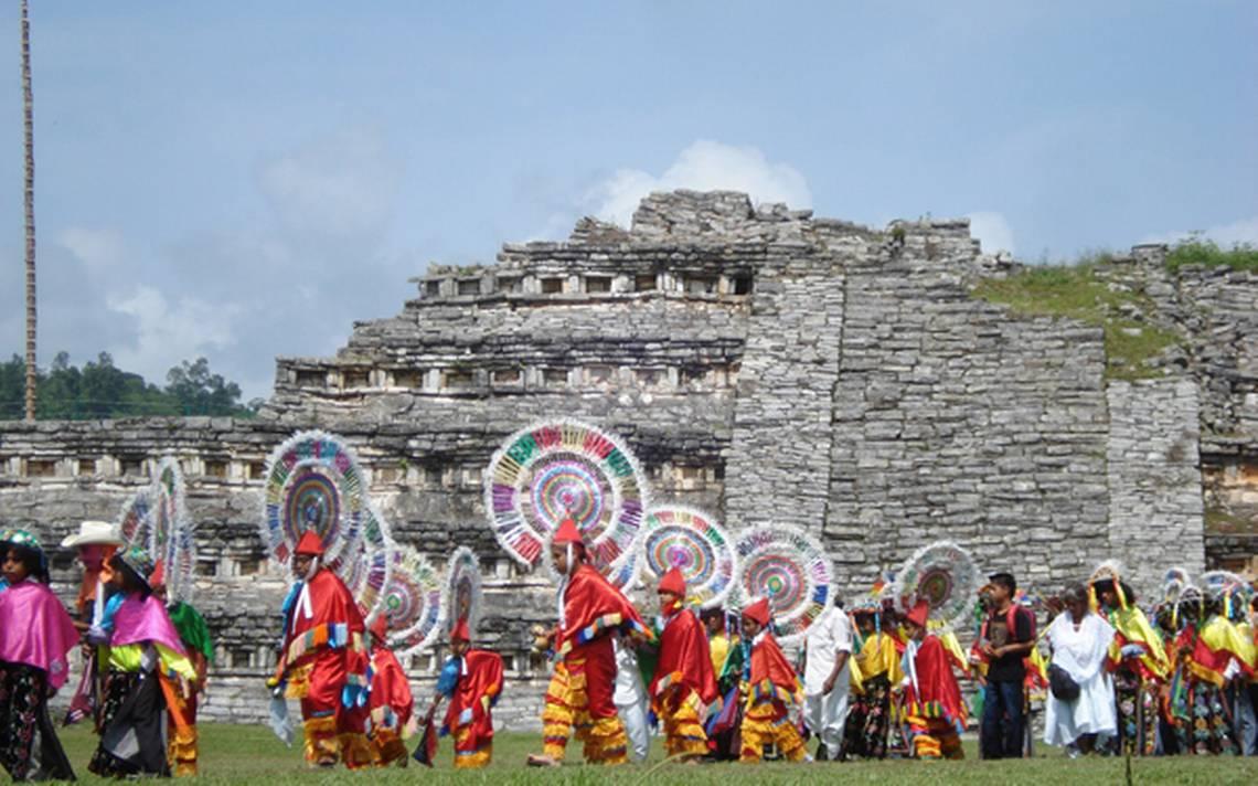 Resultado de imagen para Danza de los Quetzales