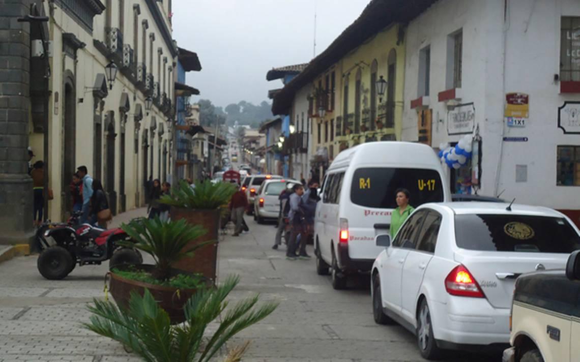 De un paro cardíaco muere el fotógrafo Enrique Aguirre en Zacatlán ...