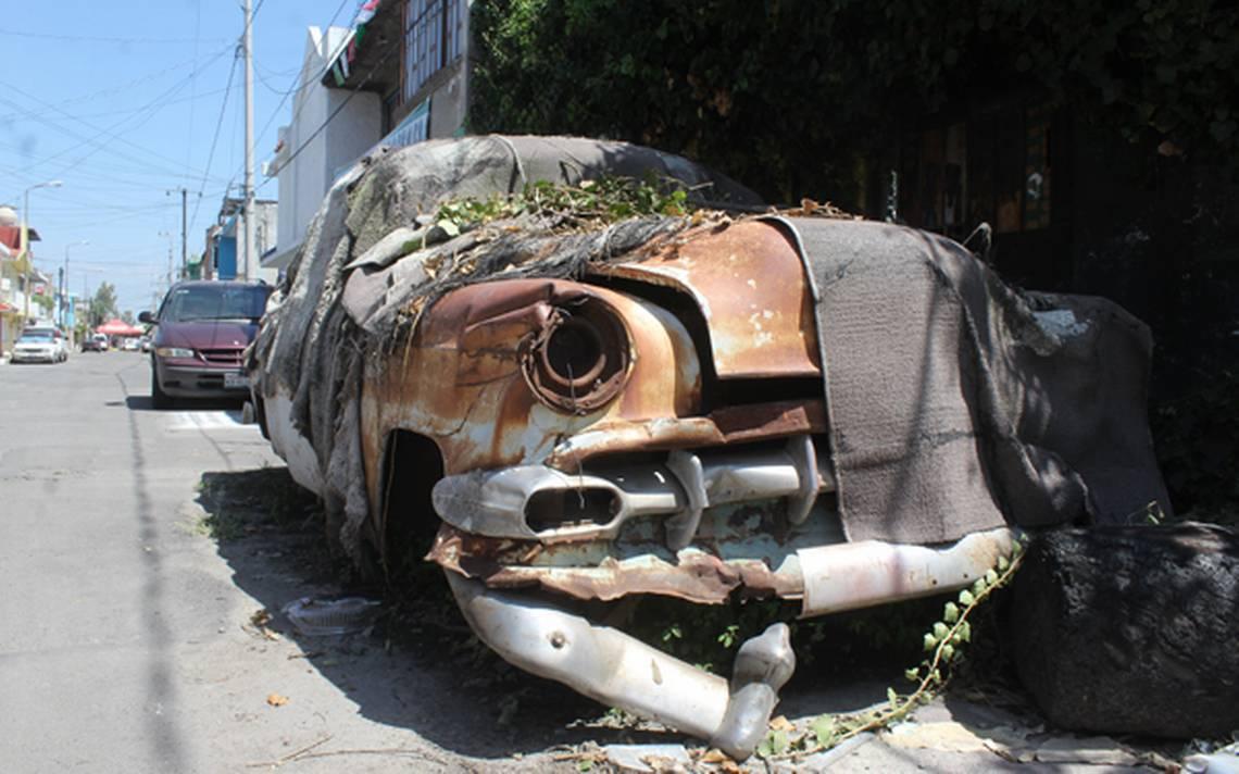 Nido De Ratas Son Los Autos Chatarra Que Invaden Las Calles De