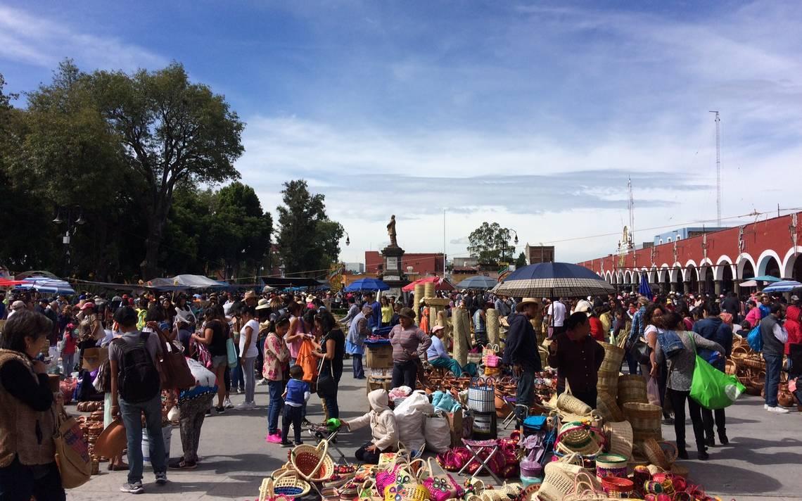 El trueque de San Pedro Cholula tiene lugar en la Plaza de la Concordia.