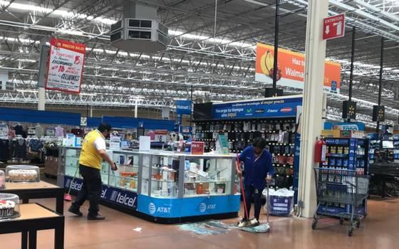 Video] Con pistolas y un martillo asaltan Walmart de Ciudad ...